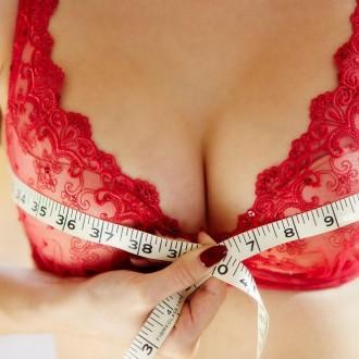 Obseg prsi izmerite čez najširši del.