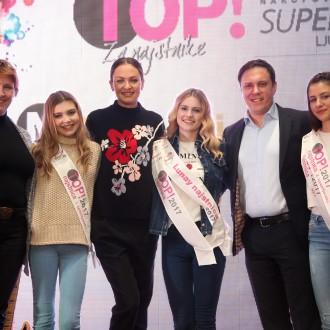 Simona Dakič Nemanič, Iryna Osypenko Nemec in Kristijan Flegar, center manager Supernove v družbi Tie, Tjaše in Stelle.