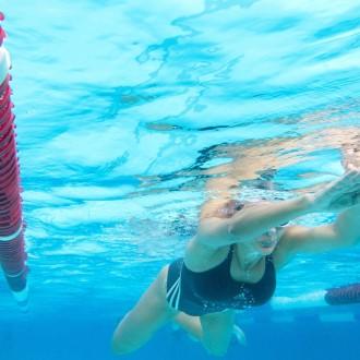 Plavanje.