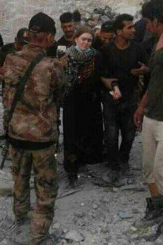 Džihadistična najstnica priznava, da si je uničila življenje