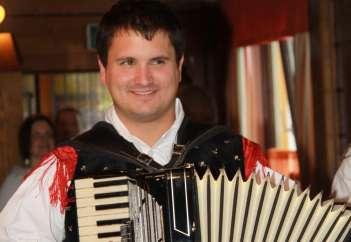 Ciril Skebe - Ansambel Juhej