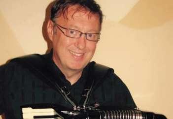 Robert Smolnikar.
