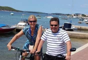 Tanja Zajc Zupan poletja z možem Bogdanom preživlja na morju.