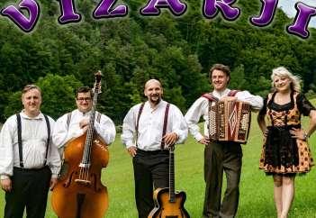Vižarji od leve proti desni: Franci Ribič, Simon Lesnik, Aleš Thaler, Domen Jevšenak in Duška Ogrizek.