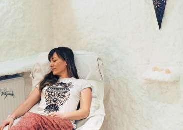 Čudodelna meditacija v solni sobi