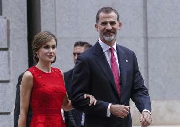 Kraljevi par na prazniku demokratičnih volitev