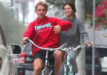 Je Bieberju vse oprostila?