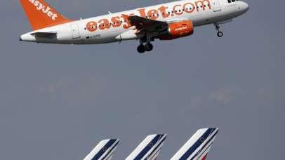 Pilot se je onesvestil med letom
