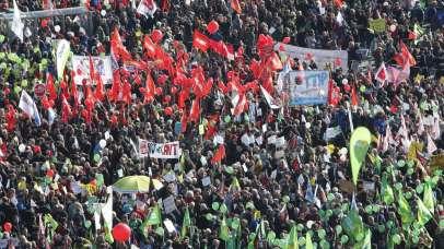 Protestniki: Vlada naj zavrne sporne trgovinske sporazume