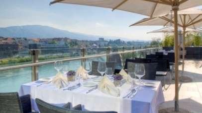 Z vilicami in nožem izkustite najlepši razgled na Pohorje in desni breg reke Drave v Mariboru
