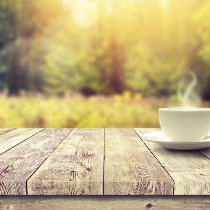 Ali kava resnično povzroča dehidracijo?