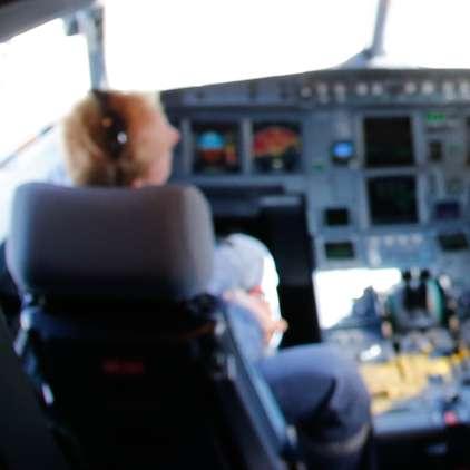Pilot pred letom spil celo flašo vodke