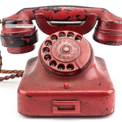 FOTO: Za Hitlerjev telefon smrti najmanj 100 tisočakov