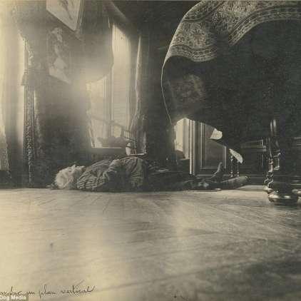 FOTO: Grozljive fotografije zločinov iz začetka prejšnjega stoletja
