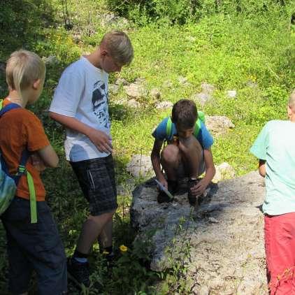Mladi so tokrat raziskovali kamnine