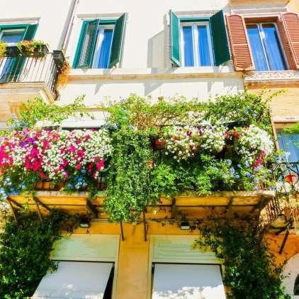 Urejen balkon kot oaza za sprostitev