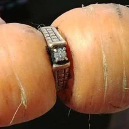 Po 13 letih spet dobila svoj izgubljeni diamantni prstan