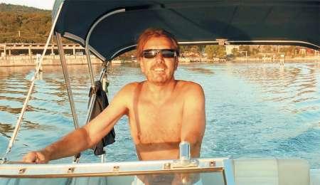 Gianni Rijavec strastno ljubi valove