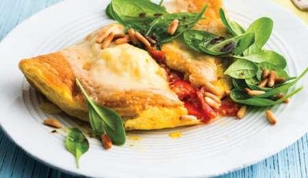 Omleta s paradižnikom in sirom