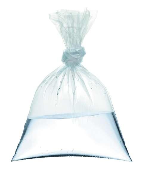 Vrečka z vodo odganja muhe