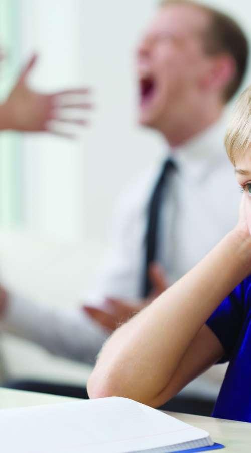 Zelo grdo, predvsem z zlorabo otrok!