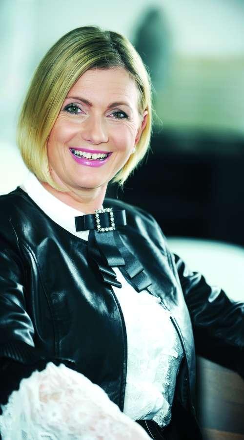 Ženska leta 2017 Mirela Čorić: Ljudje niso samo številke!