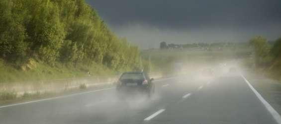 nevihta neurje avtocesta