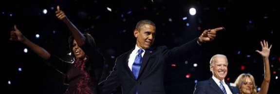 Zakonca Obama bosta zaslužila na desetine milijonov za svoje spomine