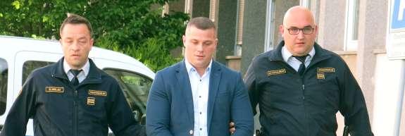 Izsiljevanja kmeta obtoženemu Metiju Plavi grozi osem let zapora in plačilo 6,5 milijona