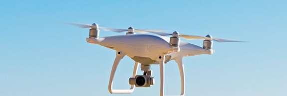Lovcu je prekipelo in z neba je sestrelil drona