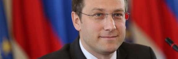 Ozadje političnih napadov na ustavnega sodnika Klemena Jakliča