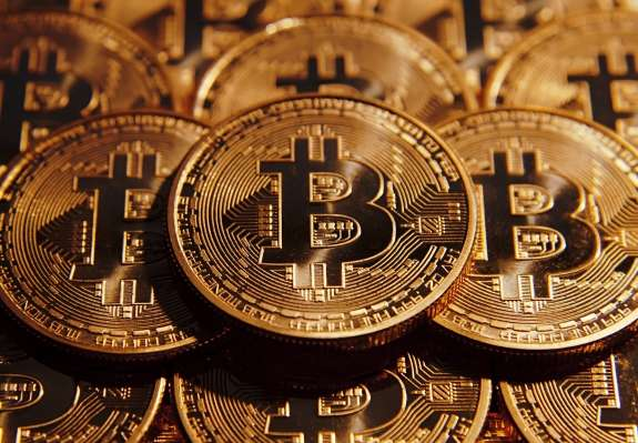Izginilo za 3,2 milijarde dolarjev bitcoinov?