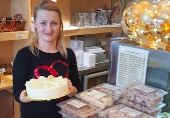 Torta Melania v prodaji podira vse rekorde