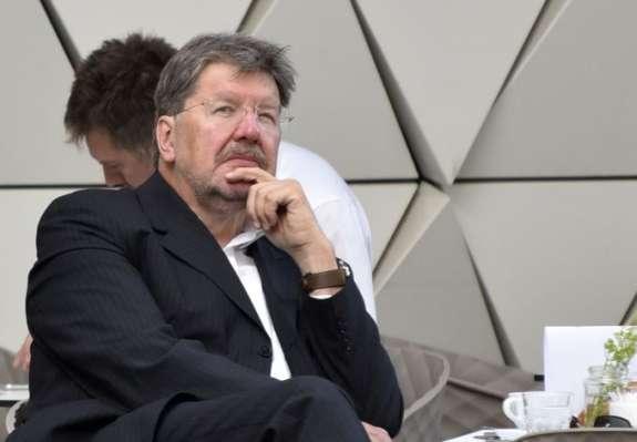 Igor Bavčar leta 1978 in 1979 v Tribuni: Živela proletarska revolucija, dol z buržuazijo!