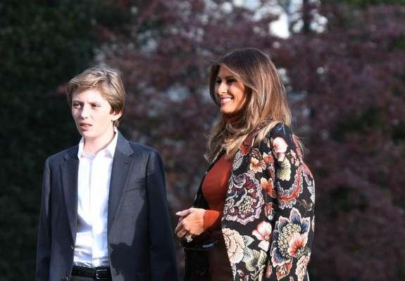 Med vsemi člani družine Trump imajo Američani najraje Slovenko Melanio!