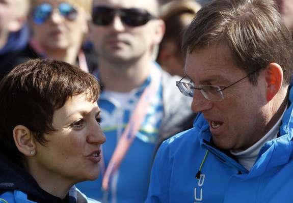 Cerar in Makovec Brenčičeva še naprej kršita človekove pravice otrok