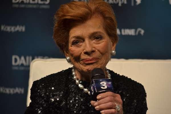 Prva evrovizijska zmagovalka Lys Assia je na Pesmi Evrovizije slavila daljnega leta 1956.