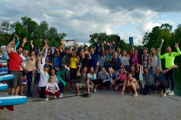100 supov na Ljubljanici za čistejšo reko je potekalo v družbi Mance Notar, najboljše slovenske suparke in Séverine Vasselin, francoske igralke.