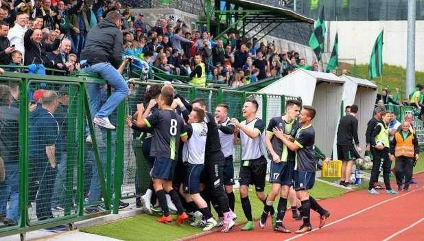 Ob velikonočnih še nogometni praznik: zmaga ostala doma