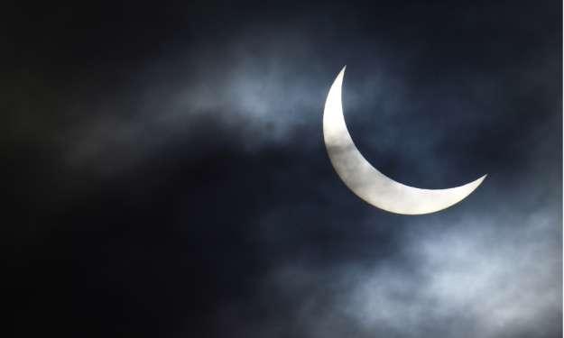 Tedenski horoskop: Sončev mrk prinaša težave