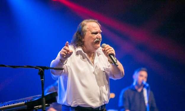 FOTO: Legendarni hrvaški pevec navdušil Tivoli
