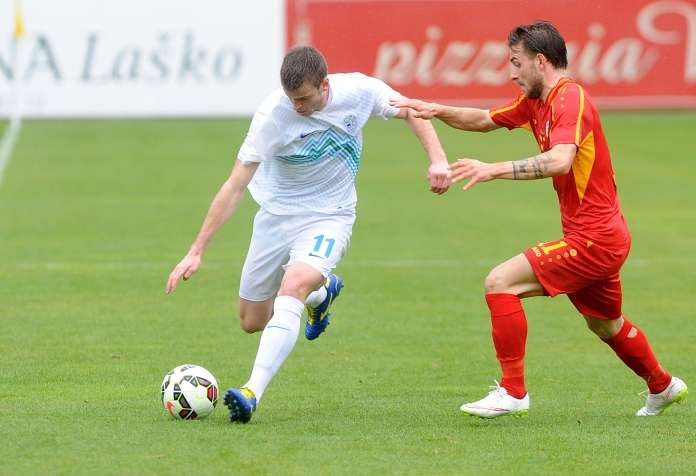 Filip Pivkovski playing for Macedonia U21