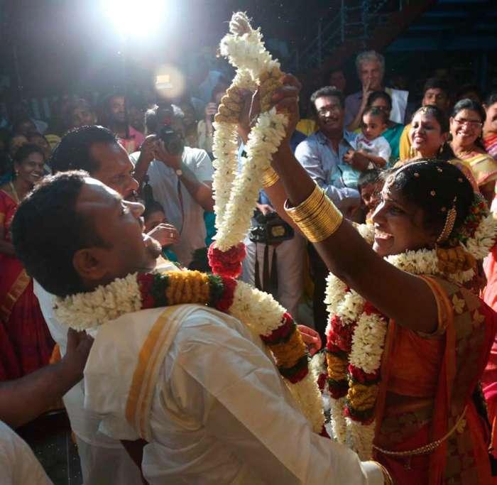 Moja obilna indijska poroka