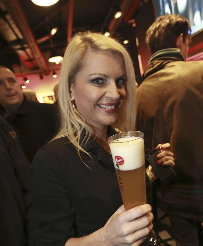 Lepa blondinka, ki je zamenjala Sanjo Modrić