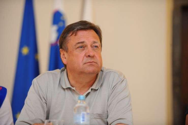 Janković skrajno žaljiv: Dokazal je, da zaničuje vse, kar diši po domoljubju in katolištvu