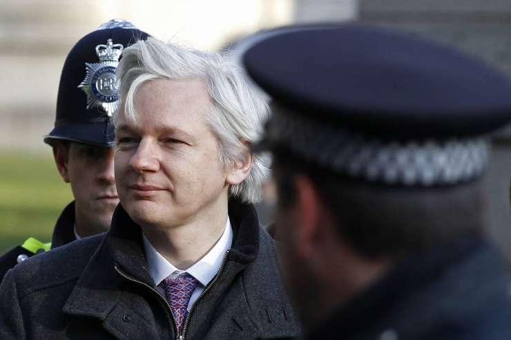 Švedsko tožilstvo opustilo pregon Juliana Assangea