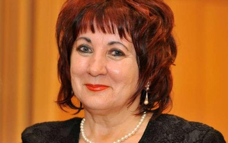 Nussdorferjeva vložila zahtevo za oceno ustavnosti novele zakona o tujcih