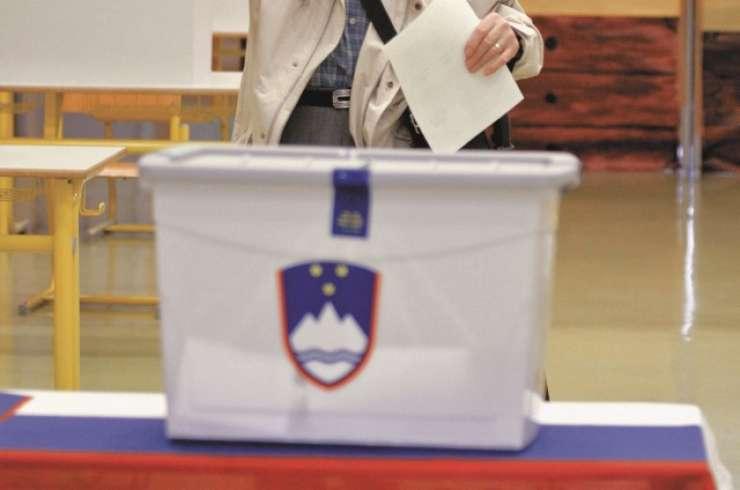 Prvi krog predsedniških volitev bo 22. oktobra
