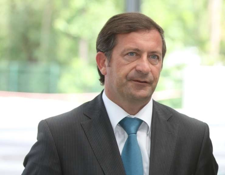Za zaprtimi vrati slovenski diplomati začenjajo letni posvet