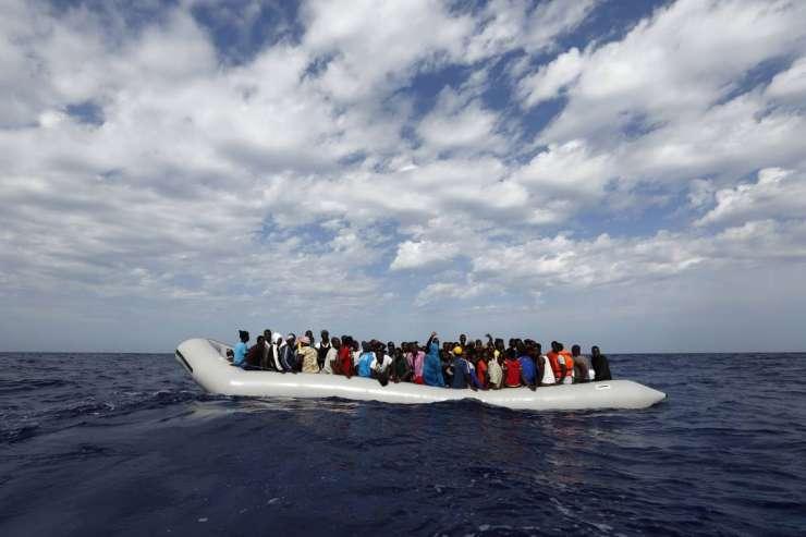 Libijska mornarica evropske NVO preganja iz svojih voda